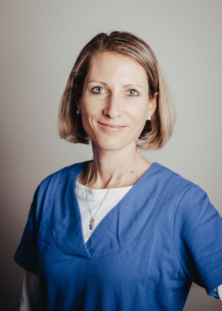Dr. Elke Müller